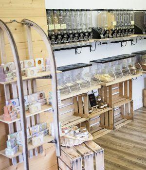 O Byô Local, épicerie en vrac à Haute-Nendaz - luge de produits